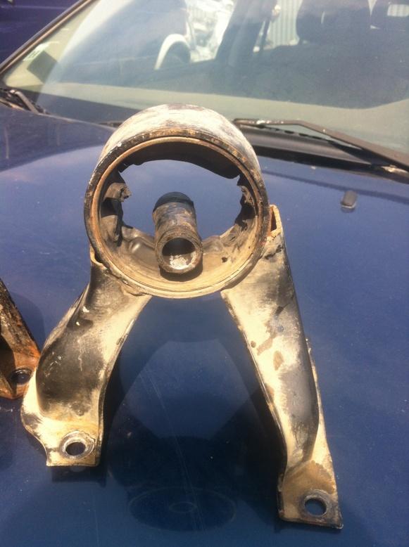 Замена подушек двигателя лансер 9